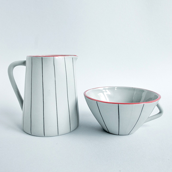 Juego de taza y jarra estrecha Misoco Designs